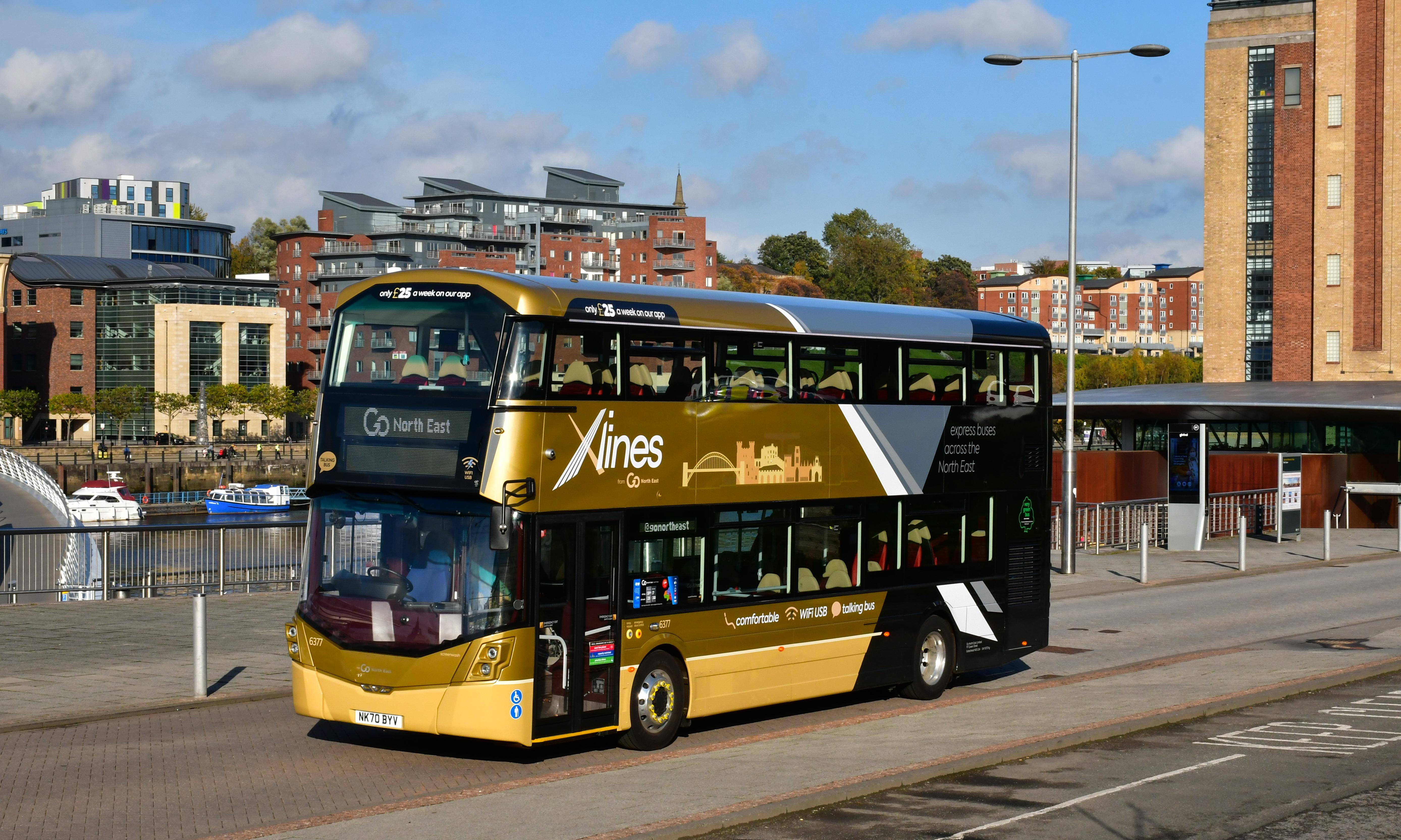 Wright Streetdeck 6-cylinder bus